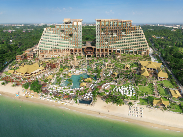 Centara Hotel Pattaya Beach