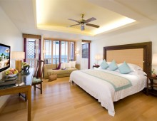 Centara Grand Beach Resort Phuket 5* (Phuket, Thailand)