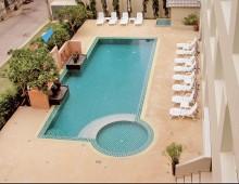 Crown Pattaya Beach Hotel 3* (Pattaya, Thailand)