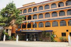 Hikkaduwa Beach Hotel 2* (Hikkaduwa, Sri Lanka)