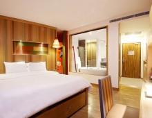 Patong Beach Hotel 4* (Phuket, Thailand)
