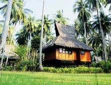 Phi Phi Island Village Beach Resort 4*+ (Phi Phi, Thailand)