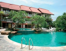 Pool in the Prima Wongamat Hotel 4* (Pattaya, Thailand)