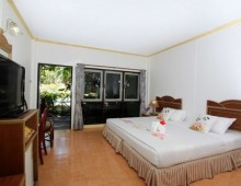 Coral Island Resort 3* (Coral Island, Phuket, Thailand)