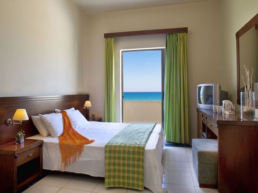 Neptuno Beach Zeus Hotels