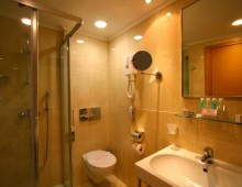 Bathroom in the room in the hotel Aqua Dora Resort & Spa 4* (Tholos, Theologos, Rhodes, Greece)