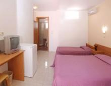Meliton Hotel 3* (Theologos, Rhodes, Greece)