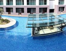 Pool in the hotel Woraburi Pattaya Resort & Spa 4* (Pattaya, Thailand)