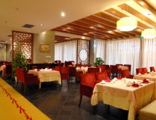 Restaurant in the Wan Jia Hotel Resort Sanya 5* (Hainan, China)