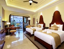 Wyndham Grand Plaza Royale Longmu Bay 5* (Longmu Bay, Hainan, China)