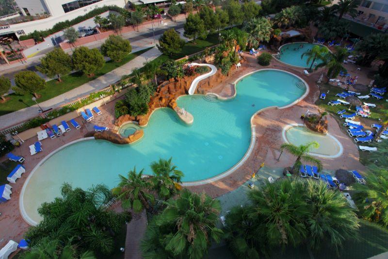 Palas pineda 4 la pineda costa dorada spain for Hoteles en salou con piscina
