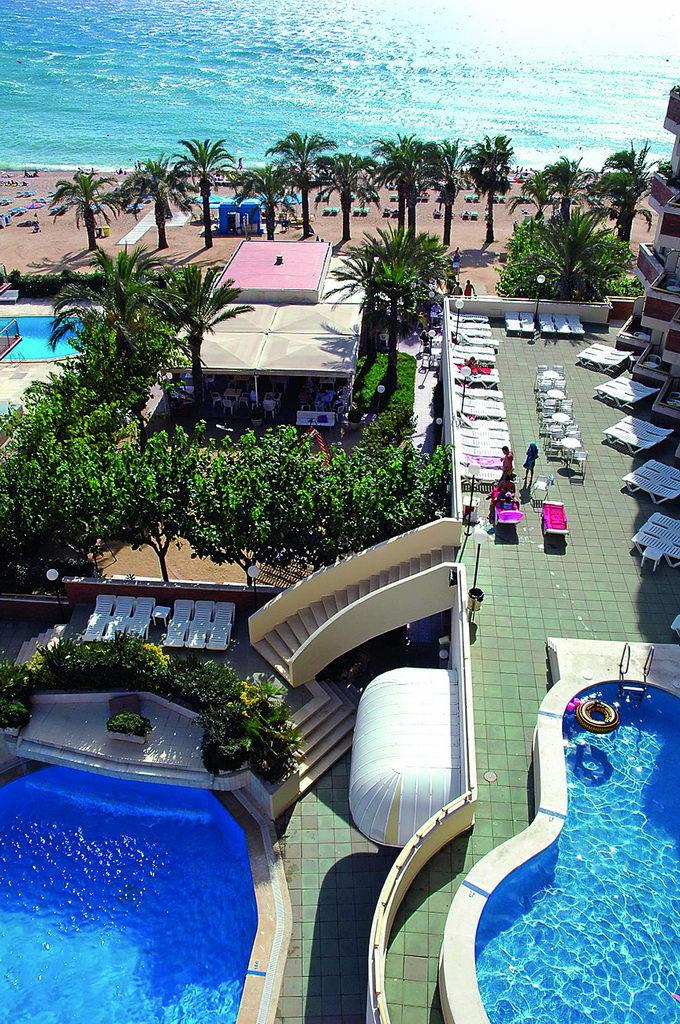 Thb H Top Royal Sun Hotel In Santa Susanna