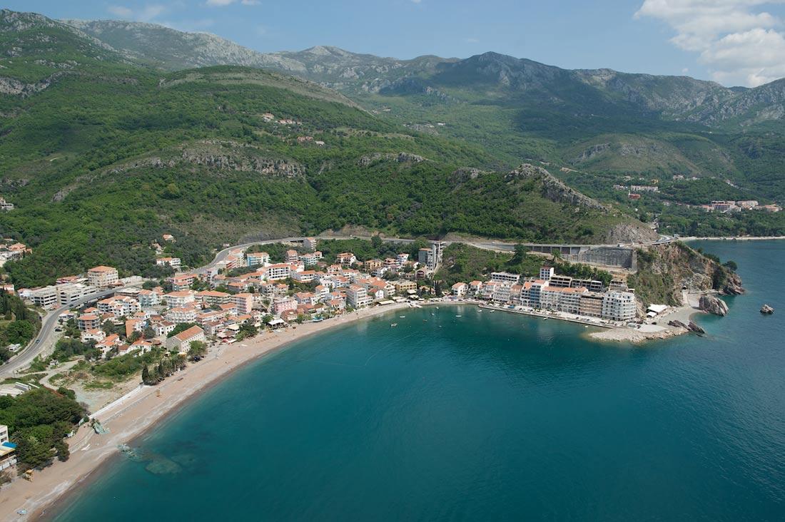 Obala 3 Rafailovici Montenegro