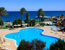 Pool in the hotel TUI Day & Night Connected Club Hydros HV1 5* (Kemer, Turkey)