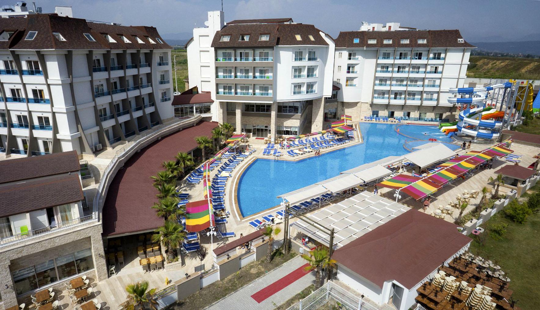 Hotel Ramada Resort Side 5 Side Turkey