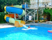 Water slides in Hedef Kleopatra Golden Sun 3* (Alanya, Turkey)