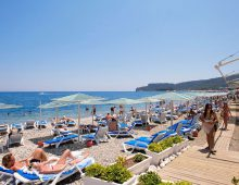 Beach of the hotel Crystal De Luxe Resort & Spa 5* (Kemer, Turkey)