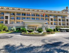 Enter to the hotel Crystal De Luxe Resort & Spa 5* (Kemer, Turkey)