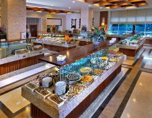 Restaurant in the hotel Crystal De Luxe Resort & Spa 5* (Kemer, Turkey)