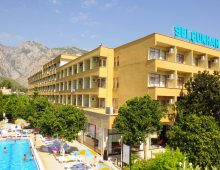 Building of the Selcukhan Hotel 4* (Kemer, Turkey)