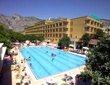 Swimming pool in the Selcukhan Hotel 4* (Kemer, Turkey)